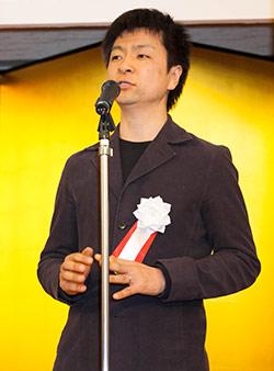 伊坂幸太郎氏