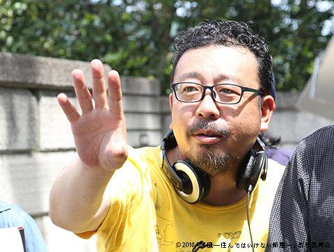 撮影中の中村義洋監督