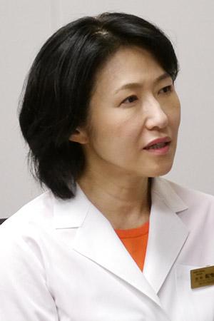 船曳美也子医師