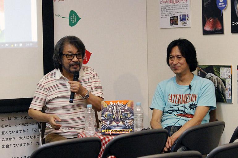 竹内さんはプライベートでも大の猫好き。きむらさんは、猫との生活を始めてから、猫の話をよく書くようになったとか