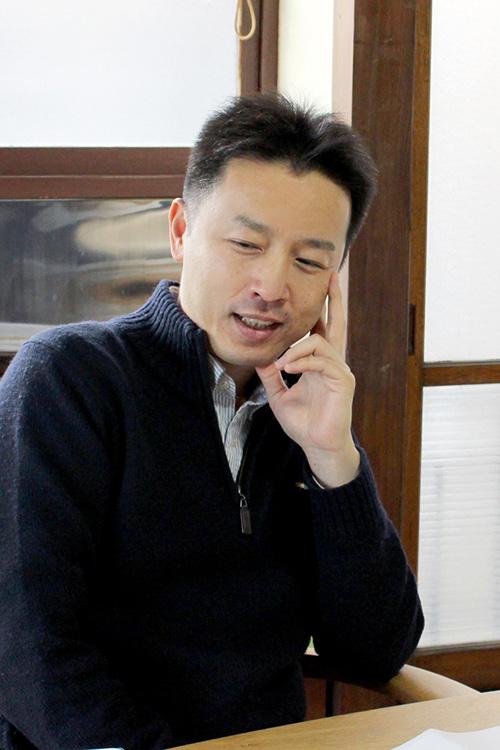 高井浩章氏