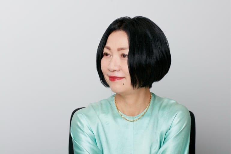 インタビュアー田中敏恵さん